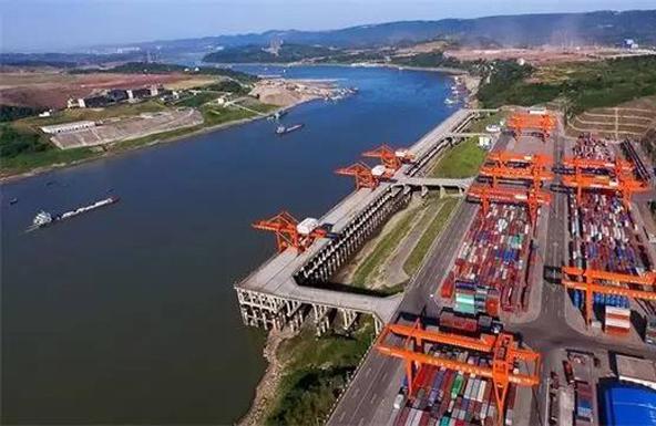 重庆整治长江沿线化工企业污染